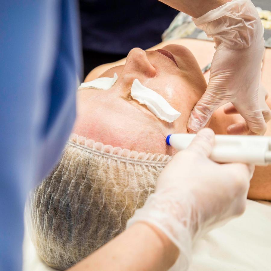 Sk:n Clinic Treatment