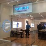 Samsung store front